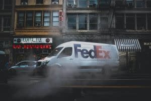 fedex carbon-neutral